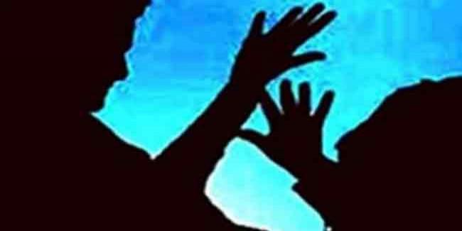 कांग्रेस भवन में महिला नेता से अभद्रता और मारपीट की, हुआ हंगामा