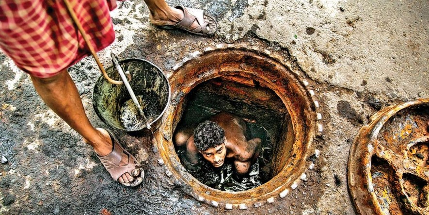 Gujarat High Court wants govt to clarify on manual scavenging