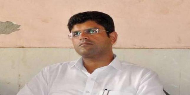जजपा सुप्रीमो दुष्यंत चौटाला ने जन पंचायत में कहा- किसी महागठबंधन का हिस्सा नहीं बनेगी पार्टी