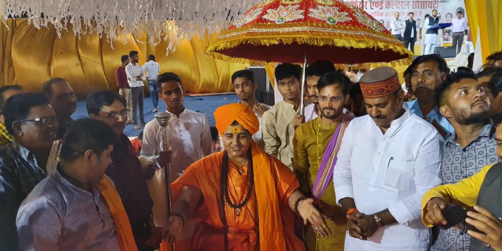 Sadhvi Pragya to be in the Defense ministry committee lead by Rajnath