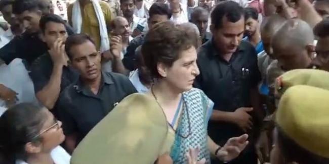 देश की जनता के पैसे बचते है तो मन्दी के इस दौर में हमें एक भी सुरक्षा कर्मी की आवश्यकता नहीं - प्रियंका गांधी