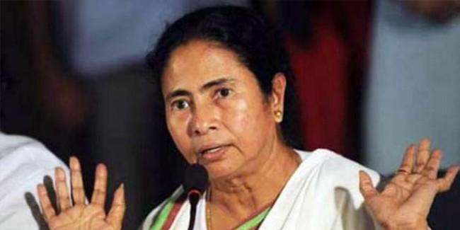 पश्चिम बंगाल में मुख्यमंत्री पद से इस्तीफा देना चाहती हैं ममता बनर्जी