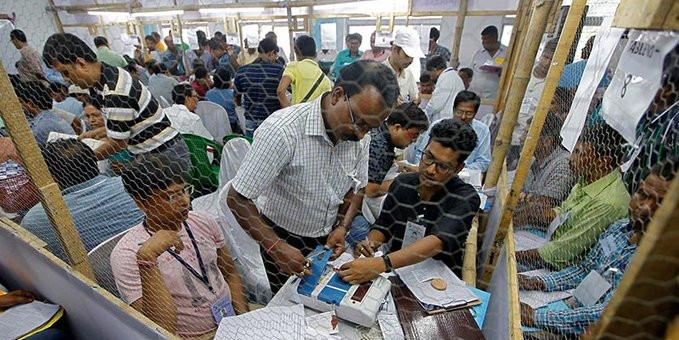 चुनाव आयोग ने दिल्ली विधानसभा चुनाव को लेकर बुलाई सभी पार्टियों की बैठक