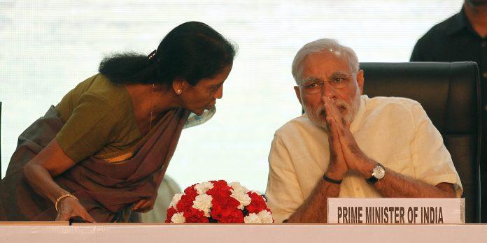 GDP के बाद मोदी सरकार को GST में भी झटका, कलेक्शन 1 लाख करोड़ से नीचे लुढ़का