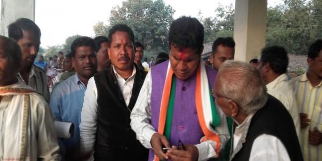 कांग्रेस ने क्यों बनाया मोहन मरकाम को पार्टी अध्यक्ष?