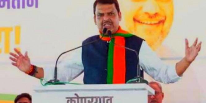 मुख्यमंत्री देवेंद्र फडणवीस ने राकांपा प्रमुख शरद पवार पर साधा निशाना