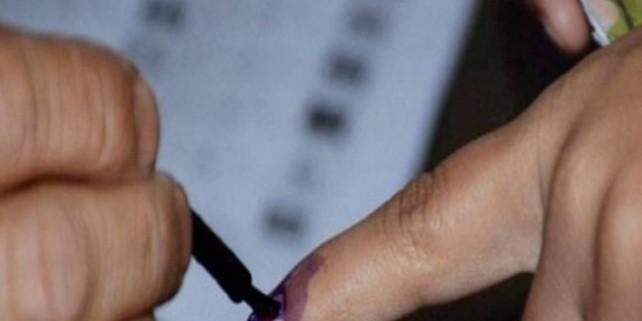 तीसरे चरण में झंझारपुर, सुपौल, अररिया, मधेपुरा और खगड़िया लोकसभा सीट पर वोटिंग जारी