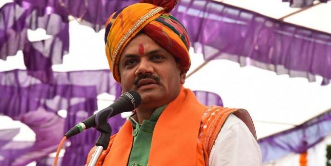गुजरात बीजेपी अध्यक्ष का विवादित बयान, कांग्रेस नेताओं को चुनाव नतीजों के बाद पागलखाने जाना पड़ सकता है