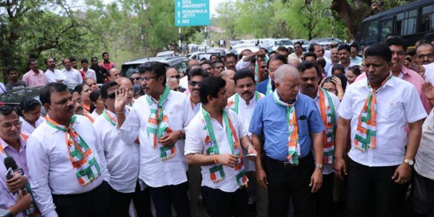 गोवा विधानसभा में कांग्रेस के पास बचे सिर्फ 5 विधायक, कांग्रेस किसे बनाएगी विपक्ष का नेता