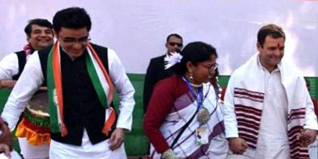 कांग्रेस में चालू है तमाशा, विधानसभा चुनाव से पहले आपस में फरियाने दिल्ली पहुंचे कांग्रेसी