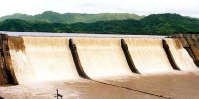 Gujarat: Narmada dam water level just 5 metres short of upper limit