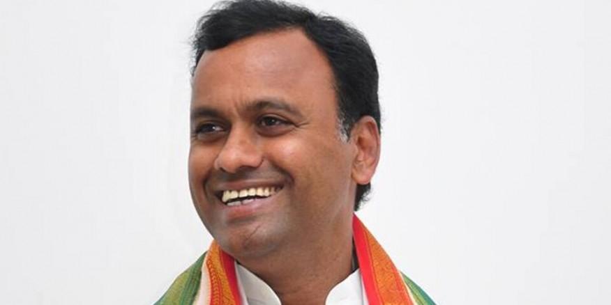 Rajagopal Reddy to take legal opinion