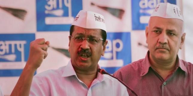 चुनावी मूड में दिल्ली सरकार, केजरीवाल ने पूरी कैबिनेट को जनता के बीच उतारा