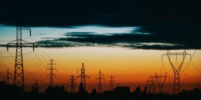 सुबह कम तो शाम को ज्यादा होंगे बिजली के दाम, जानें क्या है मोदी सरकार का प्लान
