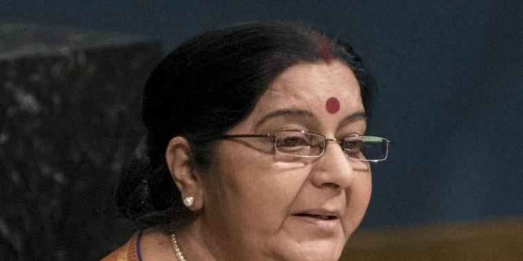 सनी देओल के लिए प्रचार करने पहुंचीं सुषमा स्वराज, कहा- मोदी सरकार ने पाकिस्तान के दांत किए खट्टे