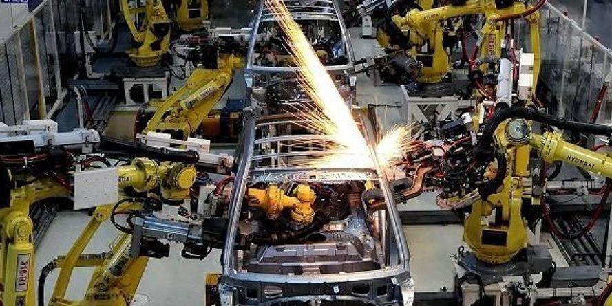 औद्योगिक उत्पादन गिरा, पहुँचा 2% पर