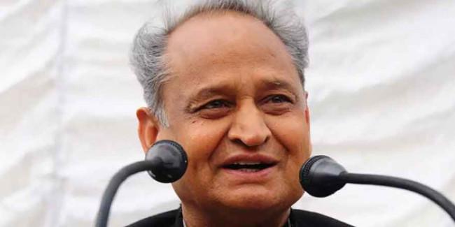 मुख्यमंत्री की पहल भर्तियों की जटिलताओं का समाधान कर खोली सरकार में नियुक्ति की राह