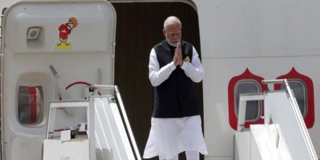 पीएम मोदी और मंत्रिपरिषद ने पांच सालों में यात्रा पर खर्च किए 393 करोड़ रुपये