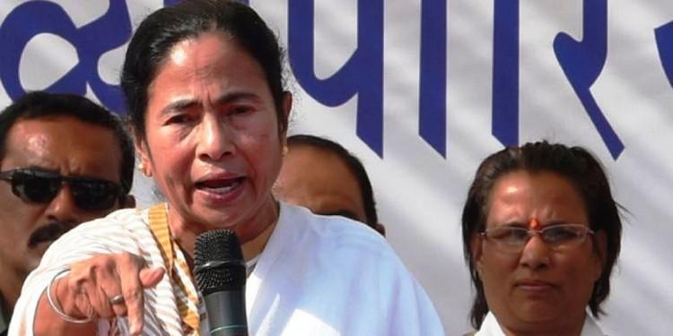 Mamata Banerjee slams DVC, Farakka Barrage for not dredging rivers