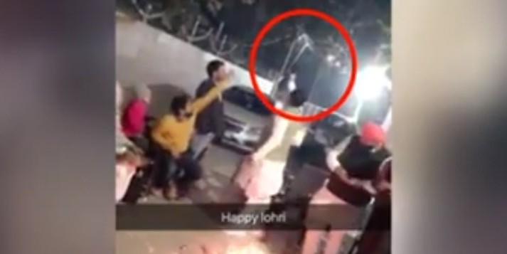 सत्ता की हनक में चूर हुए विधायक बाजीगर, हवाई फायरिंग करते वीडियो वायरल