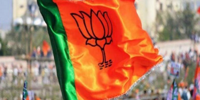 NDA meet decides to put up BJP candidate