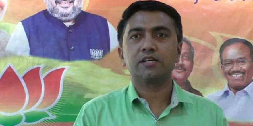 Pramod Sawant holds first Janata Darbar, hears 120 people