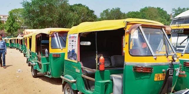 ऑटो चालकों का समर्थन जुटाने में लगी AAP, नया संगठन बनाने का किया ऐलान