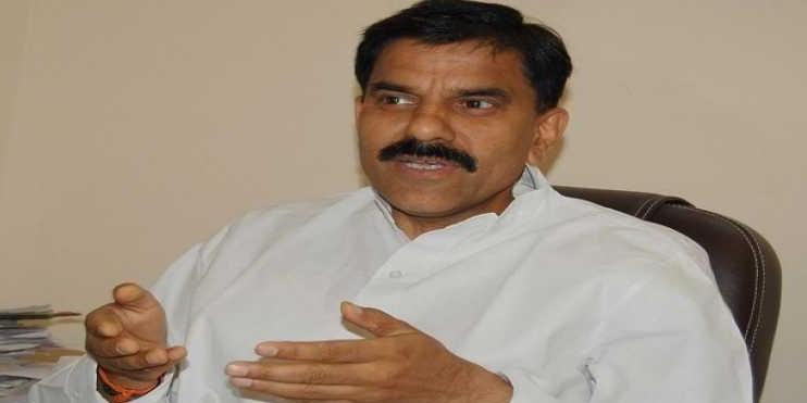 विधानसभा चुनाव को लगातार टालने पर केंद्र सरकार पर बरसे हर्षदेव, कहा जम्मू-कश्मीर में लोकतंत्र बना बंदी