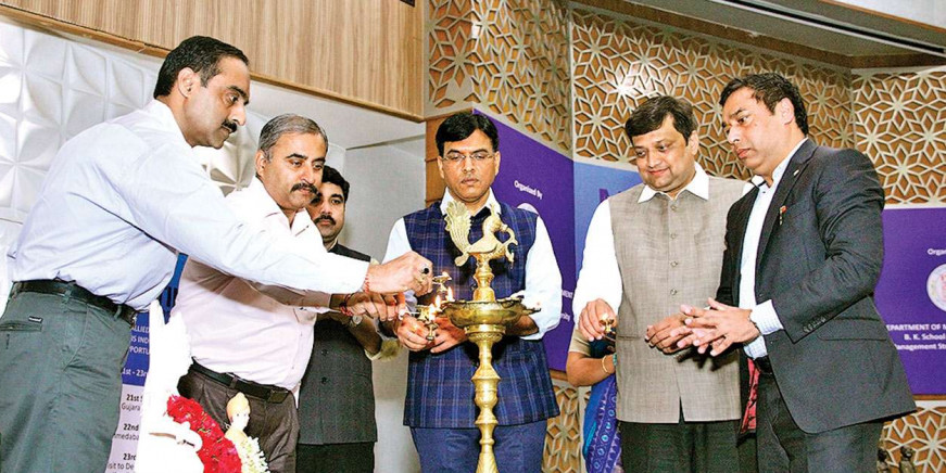Centre to spend Rs 500 cr, set up maritime building