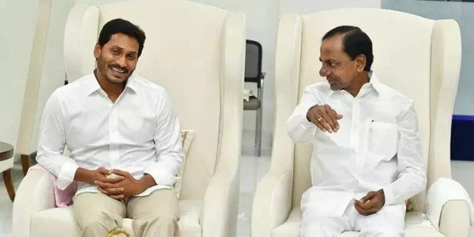 Andhra Pradesh's Jagan, Telangana's KCR decide to work together on water-sharing