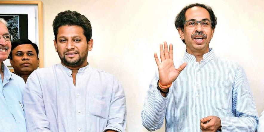 Lok Sabha Election 2019: Political parties play 'outsider vs local' card