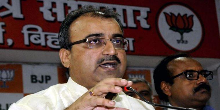 चमकी बुखार को लेकर बिहार विधानसभा में हंगामा, स्वास्थ्य मंत्री के इस्तीफे पर अड़ा विपक्ष