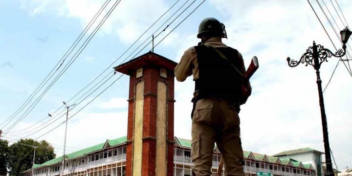 Ladakh, Jammu & Kashmir to be separate union territories, proposes govt