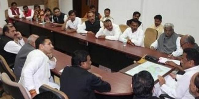 कमलनाथ कैबिनेट की बैठक में सरकारी कर्मचारियों को मिल सकता है तोहफ़ा