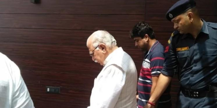 डॉ राजीव हत्याकांड में बड़ा खुलासा, अस्पताल के पूर्व कर्मचारी ने दिया अंजाम, सीएम भी घर पहुंचे