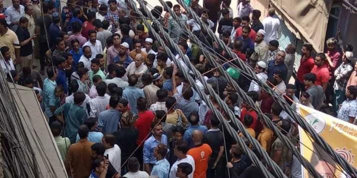 हौज काजी के धर्मस्थल में तोड़फोड़ः दो आरोपी अरेस्ट, एक नाबालिग हिरासत में