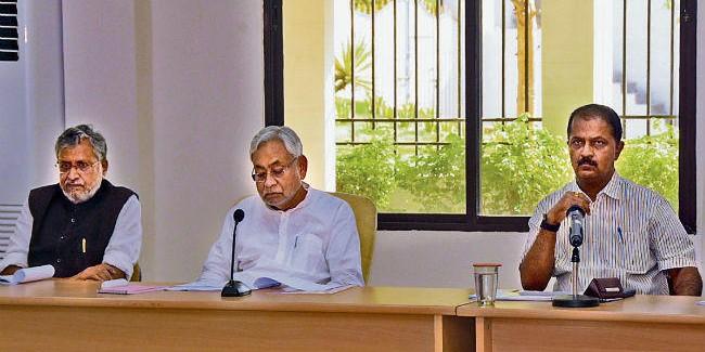 मुख्यमंत्री ने वित्तीय सेहत का लिया जायजा, कहा वित्त विभाग अतिरिक्त आर्थिक बोझ उठाने के लिए रहे तैयार