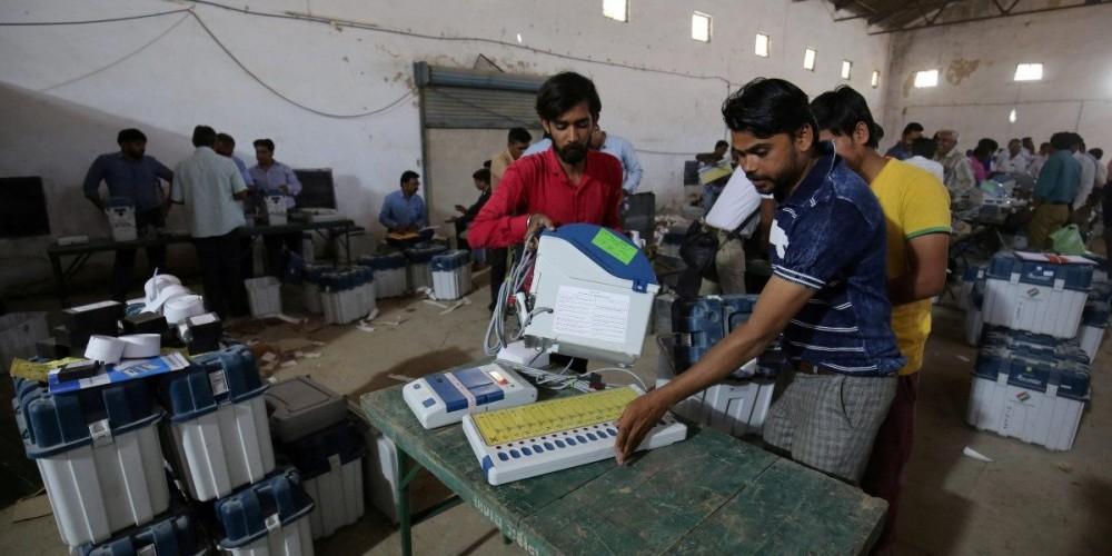 Elections 2019 Live: Delhi Man Claims VVPAT Mistmatch; EC Orders Probe