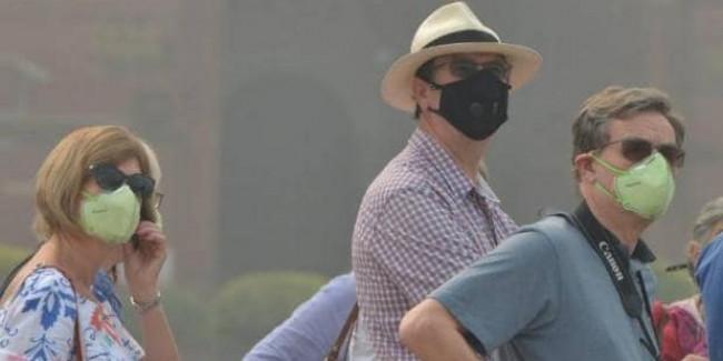 सिब्बल का मोदी सरकार पर तंज- क्या 370 की राजनीति साफ हवा से ज्यादा जरूरी थी?