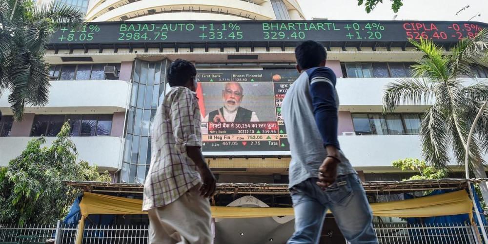भारत का संप्रभु बॉन्ड से पैसा जुटाने का फैसला काफी जोख़िम भरा है