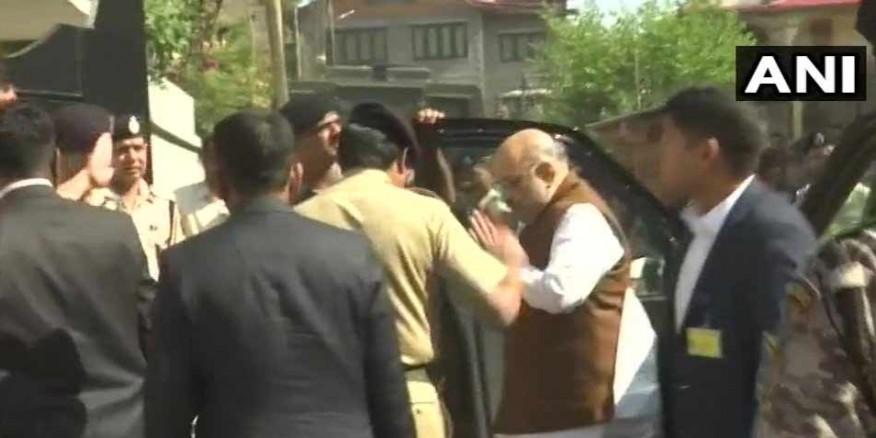 शहीद SHO अरशद खान के परिजनों से मिलने पहुंचे गृह मंत्री अमित शाह