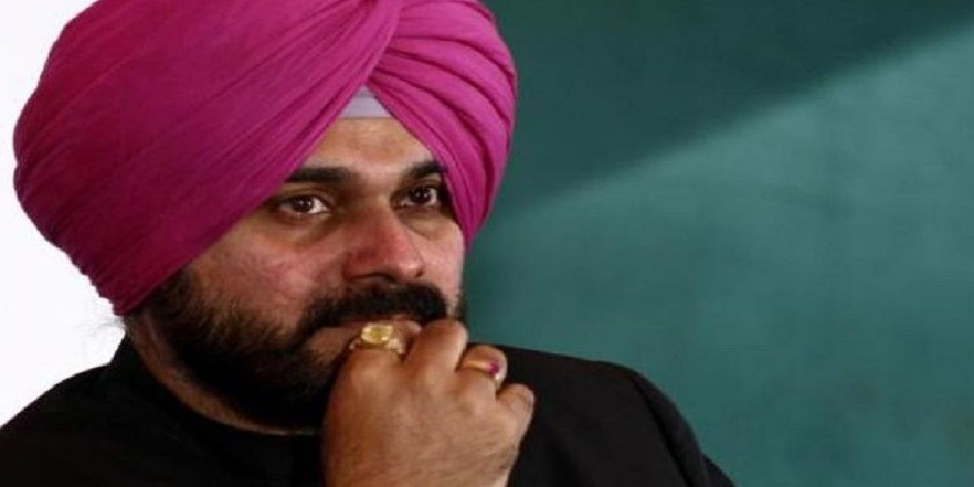 Navjot Singh Sidhu issued another notice by EC over remarks against Narendra Modi