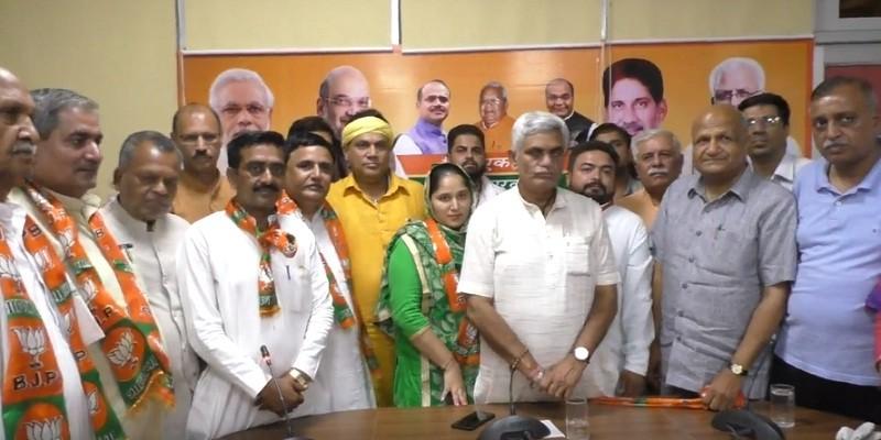 भाजपा का कुनबा बढ़ा, 3 और पार्षद पार्टी में शामिल