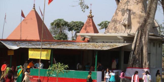 देवी चौधरानी मंदिर का काम पिछड़ने पर मंत्री आगबबूला