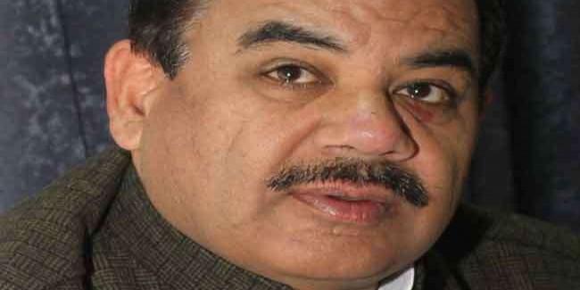 वन विभाग के मुखिया को विदेश यात्रा की अनुमति पर मंत्री नाराज, कुर्सी छोड़ने की धमकी