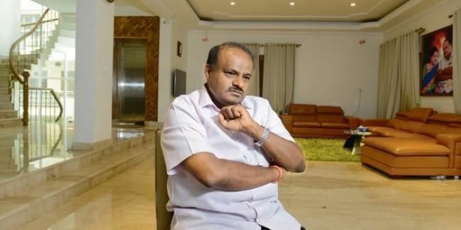 Karnataka CM sets up SIT to probe IMA Jewels scandal
