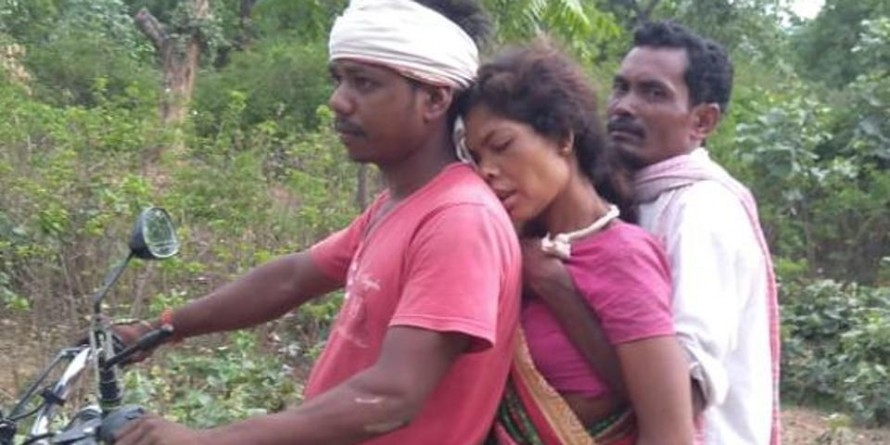 Jharkhand: Pregnant woman carried over 10 km on bike in absence of ambulance