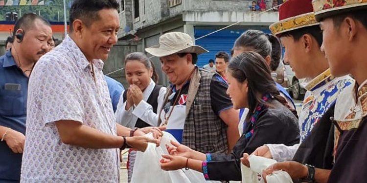 Arunachal Assembly Speaker Sona accorded warm welcome at Mechuka