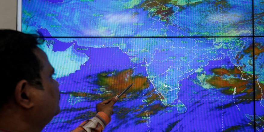नहीं टला चक्रवात 'वायु' का खतरा! सौराष्ट्र और कच्छ के तटीय क्षेत्र की ओर बढ़ना शुरू