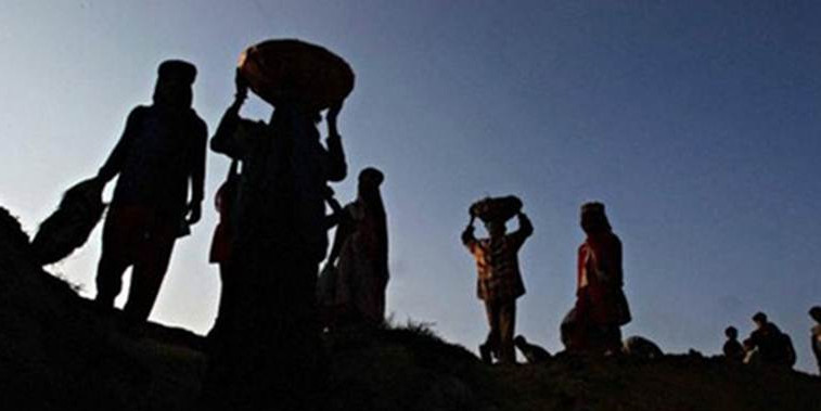 Eye on Maharashtra polls: Govt doubles minimum wages of workers, 1 crore labourers set to benefit